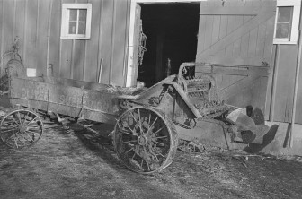 A manure spreader, pictured in Emmet County, Iowa in 1936.